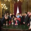 Трамп подписал первые указы